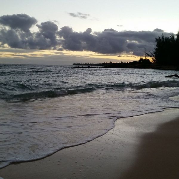 Good morning. Tried watching the sunrise but we went to the wrong area :( still beautiful as ever though. Maui Beach Baldwinbeachpark Baldwinbeach hawaii goodmorning beautiful blessed