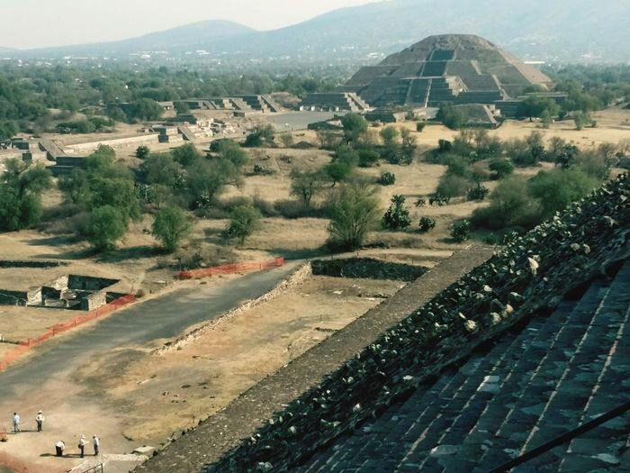 High Angle View Outdoors Aerial View Day Tourism Walking Around Spirituality Travel Destinations Architecturephotography Templephotography Ancient Civilization Mexico Sunlight Streetphotography The Past Ancient Tourist Landscape History Steps Cultures Temple Of Sun Perspective Architecturelovers Arts Culture And Entertainment