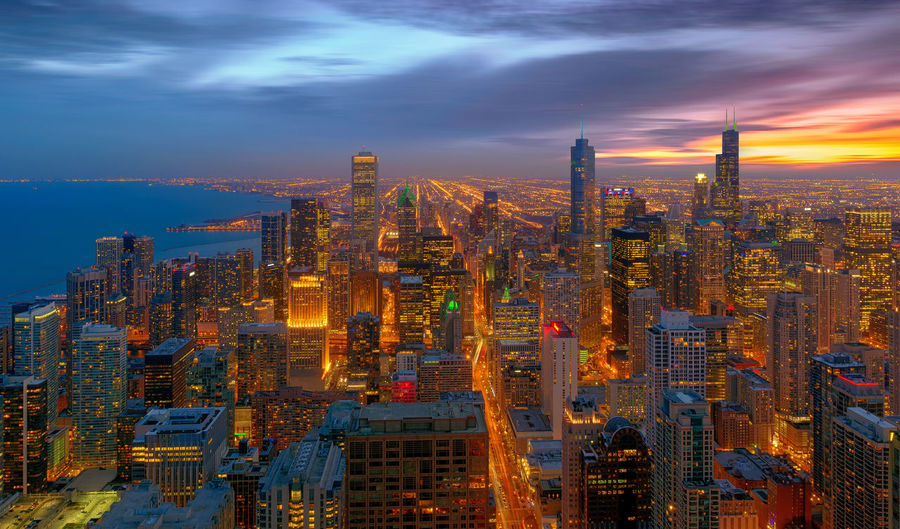 Chicago City, Chicago, illinois, USA Chicago City Cityscape Downtown Financial District  Illinois Michigan Lake Skyscrapers USA Architecture Building Exterior Built Structure City City Life Cityscape Downtown District Illuminated Night No People Outdoors Sky Skyscraper Sunset Travel Destinations Urban Skyline