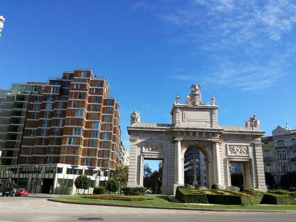 Sunny Day Blue Sky Arch Monument Urban Urban Photography October 2015 Valencia, Spain The Purist (no Edit, No Filter) City City View