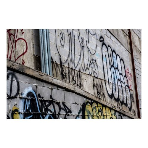 Walls are canvases.... Streetphotography Philadelphia Graffiti Vscocam