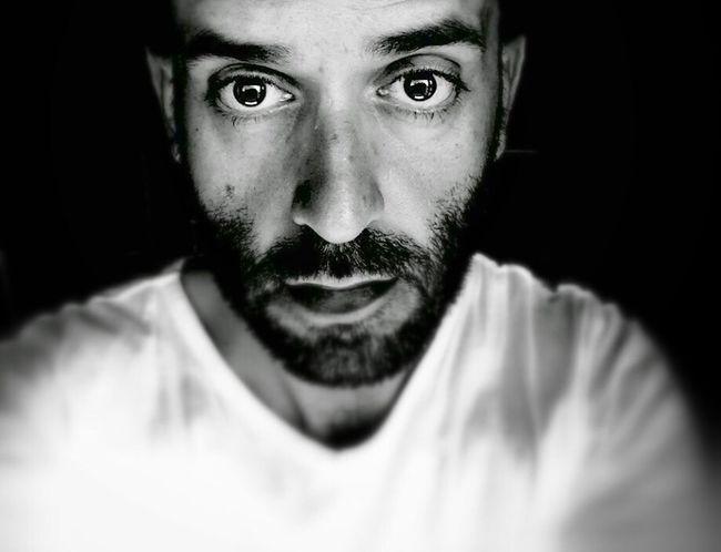 """Darkness And Light """"…Strana condizione è quella dell'intera esistenza, in cui tutto fluisce come l'acqua che scorre, ma in cui, soli, i fatti che hanno contato, invece di depositarsi al fondo, emergono alla superficie e raggiungono con noi il mare"""" ~Marguerite Yourcenar ~ Come l'acqua che scorre. That's Me Monochrome Blackandwhite Black & White Popular Photos Poem Hello World EyeEm Gallery Today's Hot Look"""