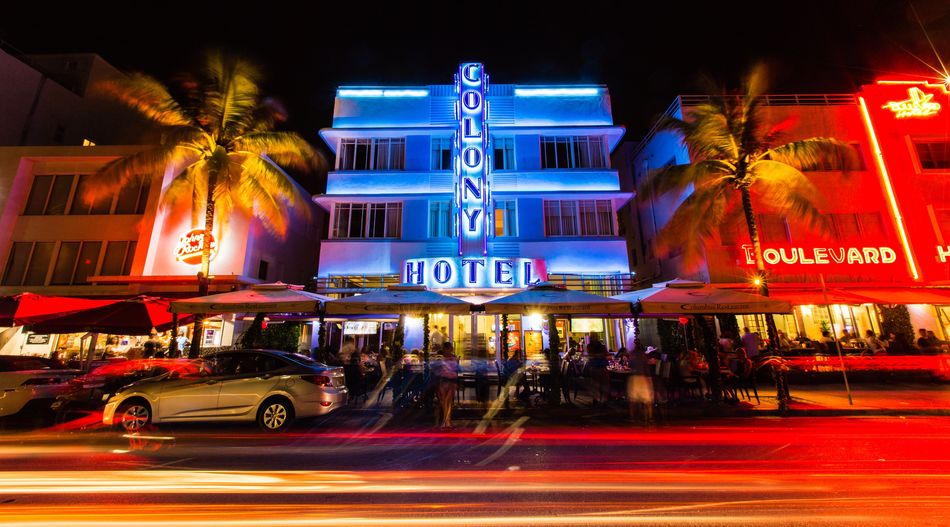 Night Building Exterior Architecture City Built Structure Motion Red Nightlife People Miami Florida Travel Destinations Travel South Beach Miami Beach Art Deco Art Deco Architecture Art Deco District Ocean Drive Colony Colony Hotel