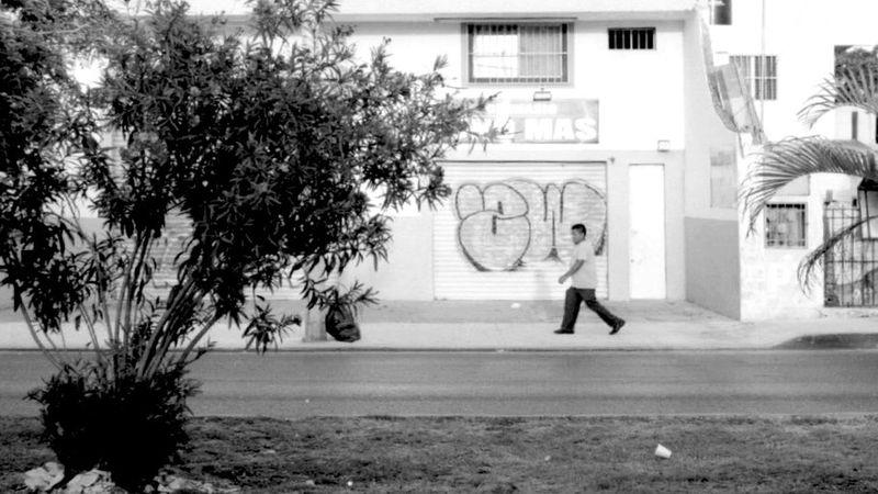 Walk This Way K1000 Pentax Blackandwhite Streetphoto_bw