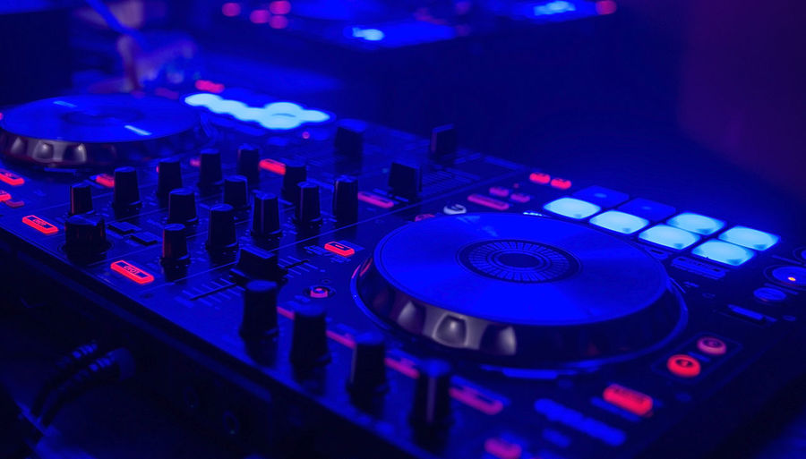 Arts Culture And Entertainment Audio Equipment Close-up Club Dj Control Control Panel Disco Dancing Dj Electrical Equipment High Angle View Illuminated Indoors  Knob Mixing Music Nightclub Nightlife Noise Record Recording Studio Sound Mixer Sound Recording Equipment Stereo Technology Turntable