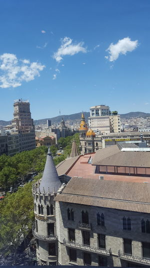 The Purist (no Edit, No Filter) Samsung Galaxy S6 Edge Here And Now From My Point Of View Street Photography Landscape Desde Dentro Desde La Ventana.  Roof Roof Structure The Architect - 2016 EyeEm Awards Sky And Clouds Sky And City