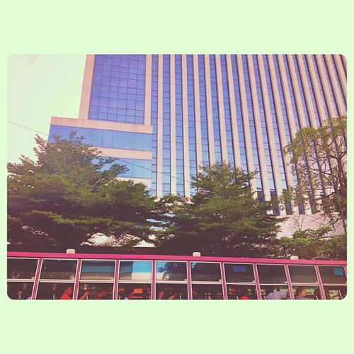 2doors & 20 windows BBKK Bangkok Bangkokonly Traffic Trafficjam Thailand