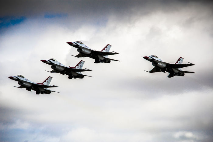 Thunderbirds Aerobatic Team Aerobatics Air Vehicle Airplane Airshow F-16 Fighter Plane Flying International Air Tattoo Military Airplane No People Sky Thunderbirds Thunderbirds, Air Show, Aviation Transportation USAF
