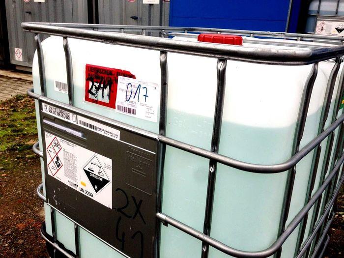 IBC Chemie Chemical No People IBC Flüssigkeit Kunststoff Behälter