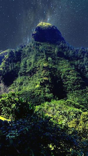 Starry Night Night Kauai♡ Beautiful Nature Hawaii Paradise Open Edit Scenery Nature Mountains Mountain Range Mountain_collection Mountains And Sky Hawaii Mountain Magic Magical Mountain In The Stars Mountain View Mountains And Valleys The Week On EyeEm
