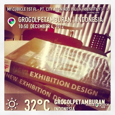 Books for breakfast.... Exhibitdesign Oic Cityneon Weather sky instaweather instaplaceapp instaweatherpro outdoors nature grogolpetamburan indonesia day autumn skypainters D K I Jakarta