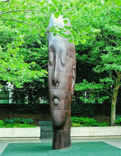 Amazing sculpture. Sculpture Jaume Plensa Giant Head Park Chicago