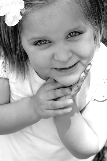Live For The Story Cute Girls Photo Of The Day Exceptional Photographs Exceptional Photography Blackandwhite Photography Themes BYOPaper! Happiness People Live For The Story