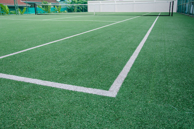 High angle view of yard line on tennis court
