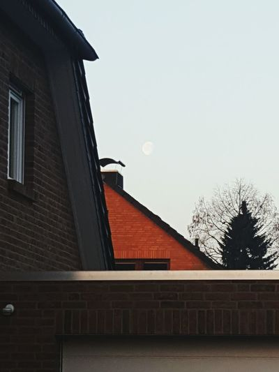 The moon was taken at 08:03 o'clock in the morning. The Moon Moon Moon Shots Building Exterior No People Built Structure Sky Architecture Day Outdoors No Flash My First Photo On EyeEm  First Eyeem Photo EyeEmNewHere Cellphone Photography Celle GERMANY🇩🇪DEUTSCHERLAND@ Germany🇩🇪 GERMANY, Wedemark Near Hanover Germany Photos Official EyeEm © My First Photo On EyeEm  Architecture City Clear Sky Spaß Am Leben  Minimalist Architecture