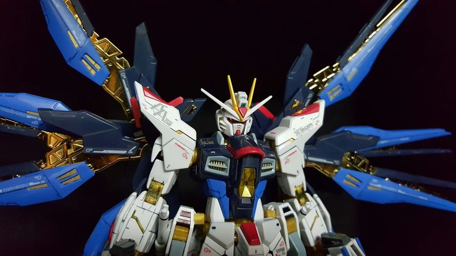 Gundam Gundam Build Fighter I Love My Job! My Job Enjoying Life EyeEm Taking Photos EyeEm Gallery The EyeEm Facebook Cover Challenge Open Your Eyes For Amnesty International Everyday Education The Glitter Day Relaxing The View From My Window Eye Em Around The World