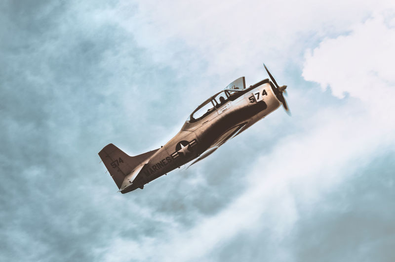 Airshow series Machinery Sky And Clouds Air Vehicle Airplane Cloud - Sky Day Flying Low Angle View Mid-air Military Mode Of Transportation Nature No People Outdoors Pilot Piloting Plane Security Security Camera Sky Surveillance Technology Transportation