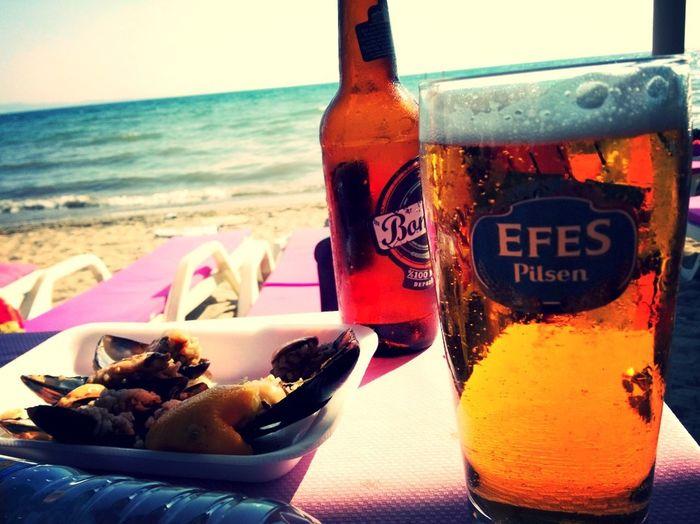 Relaxing Beer Beach Enjoying Life