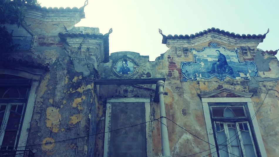 Old Houses Old Buildings Destroyed Building Destroyed House Antique House