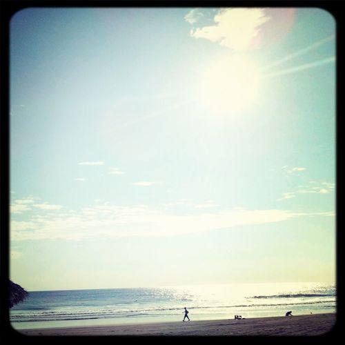 Hermoso atardecer. Playa Puerto Arista
