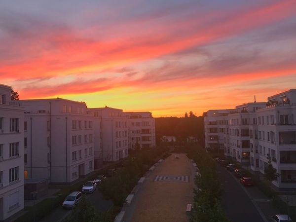 Sunset Berlin Photography Berliner Ansichten Berlin Architecture Building Exterior Sky Sunset Built Structure Cloud - Sky City Building Residential District Dramatic Sky Street Outdoors Cityscape Road