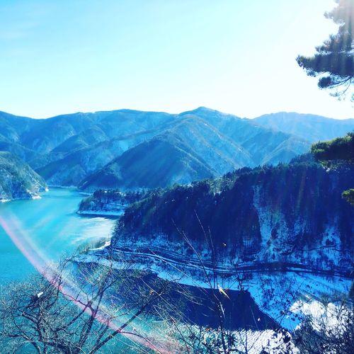 雪の奥多摩にて。 Japan Photography Japanese  Japan Mountain Beauty In Nature Nature Tranquil Scene Scenics Tranquility Mountain Range Clear Sky Water Outdoors Day Blue Tree Landscape No People Sky