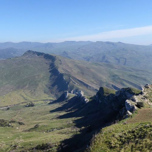 Crest Ridge Open Country Hiking Sicily Balza Areddula Alimena