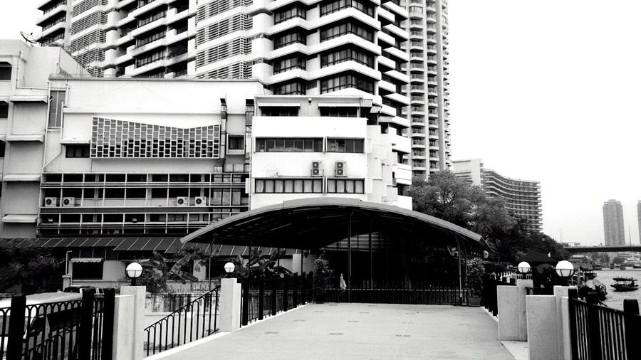 Sawasdee World. Taking Photos Walking Around Black And White Silhouettes Of A City Thailand_allshots EyeEm Thailand .
