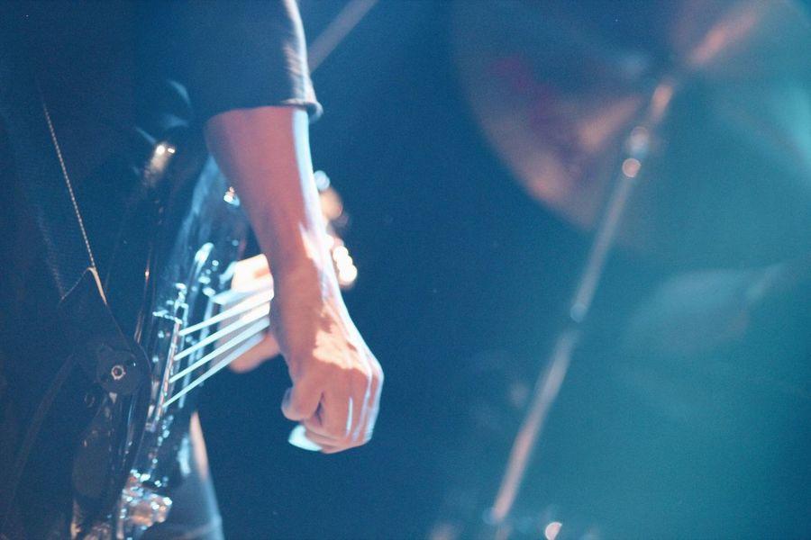 Shootermag_japan Hands At Work WeAreJuxt.com NEM Submissions Daikanyama Unit Tokyo Live Music Japan People Music Playing Music Guitar Guitarist EyeEm Bestsellers Market Bestsellers April 2016 Bestsellers