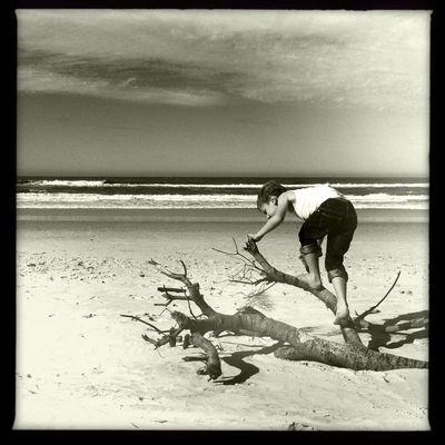 Ocean Shores Hipstamatic Blackandwhite