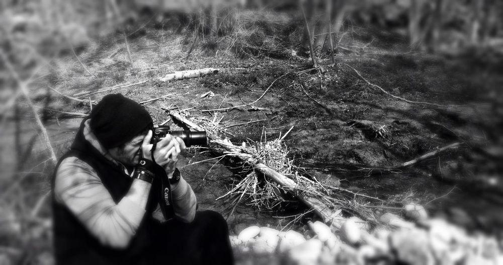 Here's a photo of me out enjoying one of my dreams which is being surrounded by nature and the scent of fresh air after some rainfall while snapping photos of the hidden beauties that catch my attention is a bonus.. Lifestyle Photography Bw_collection Selfportrait BW Portrait Monochrome EyeEm Nature Lover Streamzoofamily That's Me Monochrome_life