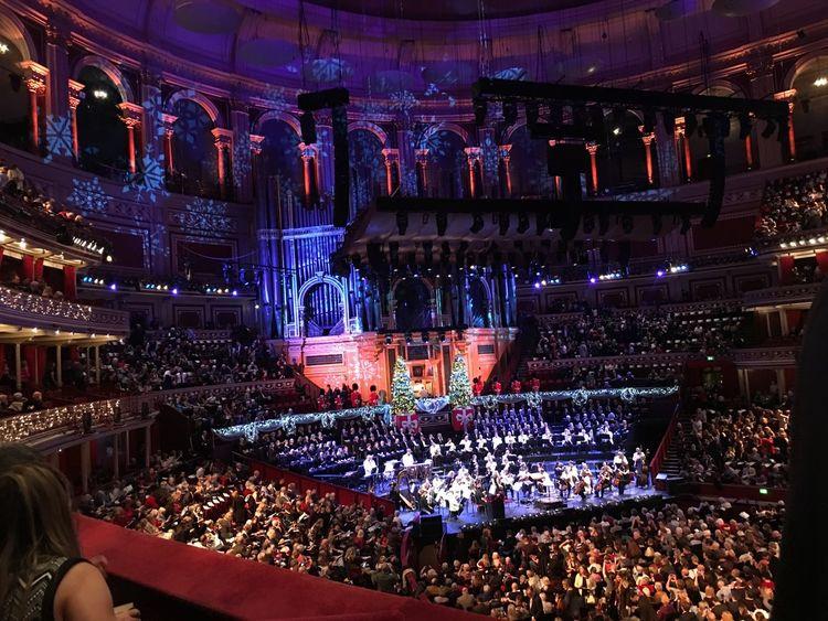 RoyalAlbertHall Christmascarol Christmas LightsMusic Illuminated Crowd Singing EyeEmNewHere
