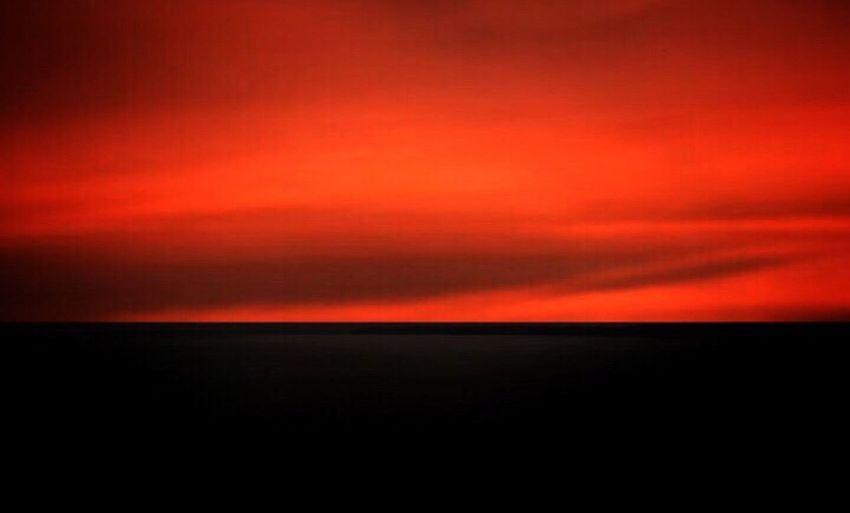 Red days Sky