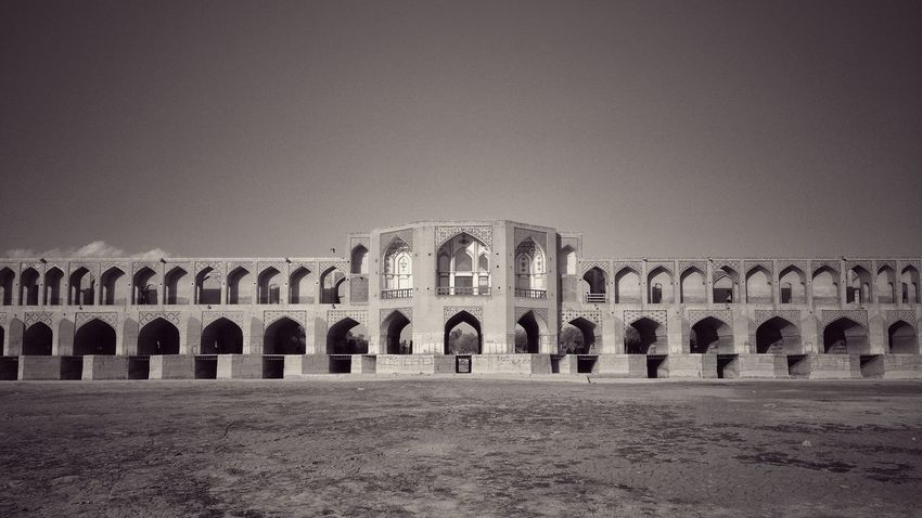 Hello World Isfahan View Architecture The EyeEm Facebook Cover Challenge IPhoneography Urban Geometry Eyeem Iran Discover Your City Shades Of Grey The Graphic City