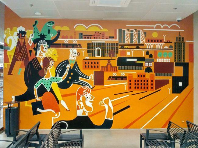 Mural na dworcu kolejowym Łódź Fabryczna Ludzie Łódź Polska Dworzec Poland Station Mural Sztuka Art Pomarańczowy Orange Poczekalnia EyeEm Selects People First Eyeem Photo