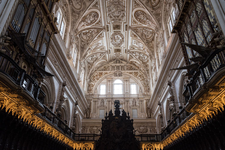 Cathedral of the Mezquita in Cordoba, Spain Ancient Architecture Bright Cathedral Cathedral De Cordoba Mezquita Mezquita De Córdoba The Week On EyeEm Ancient Architecture Building Buildings First Eyeem Photo Religion Religious  Religious Architecture