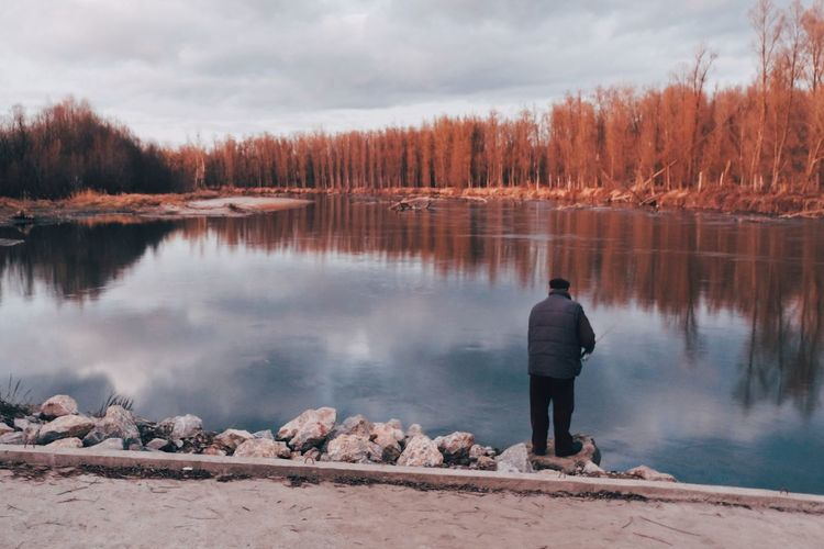Rear View Nature Beauty In Nature One Person Water Tranquility Real People Full Length Lake Lifestyles Scenics Leisure Activity Standing Tranquil Scene Men Outdoors Day Sky Lakeside One Man Only EyeEm Best Shots Vscocam Done That.