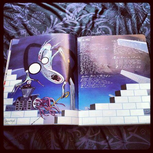 'Art inside 'The Wall' songbook' Pinkfloyd Thewall TheTeacher GeraldScarfe RogerWaters DavidGilmour NickMason RichardWright igtube Igers igdaily insta_shutter Instagood instamob instamood instagrammers ClassicRock