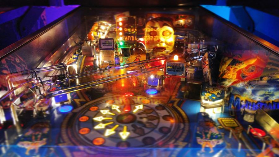 Vintage Retro Videogames Pinball Arcade Games Light And Shadow Neon Lights Simple Photography Old Town Pasadena