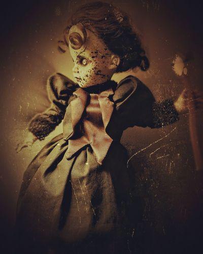 Toyphotography Doll Dolls Horror Horrordoll Scarydoll Maniac Psycho Lizzieborden Lizziebordentookanaxe Murderer Femaleofthespecies