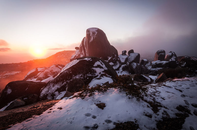 Mount Buffalo sunset Mount Buffalo Snow Sunset Mountain Cold Temperature Winter Astronomy Adventure Sunlight Sun Rock - Object