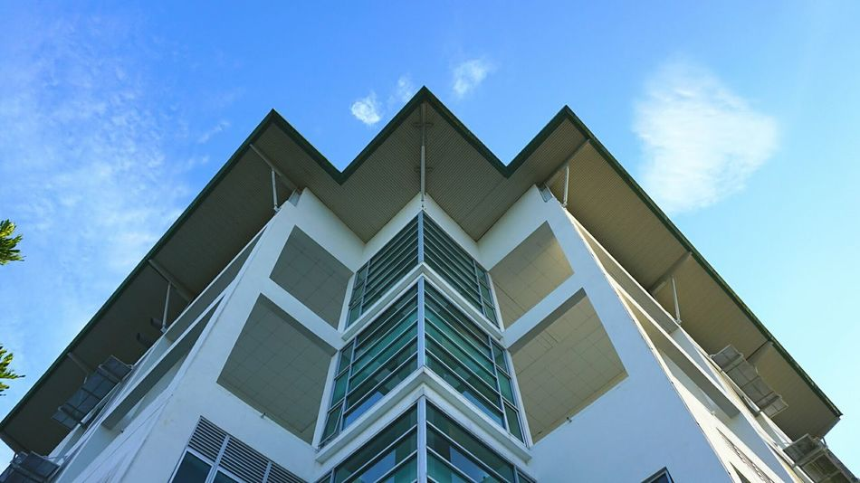 Architecture Triangle Shape Building Exterior Low Angle View Built Structure Modern Sky Blue No People Outdoors Clear Sky Freshness Borneo Unimas Unimasofficial Clear Sky Malaysia EyeEm Selects EyeEmNewHere