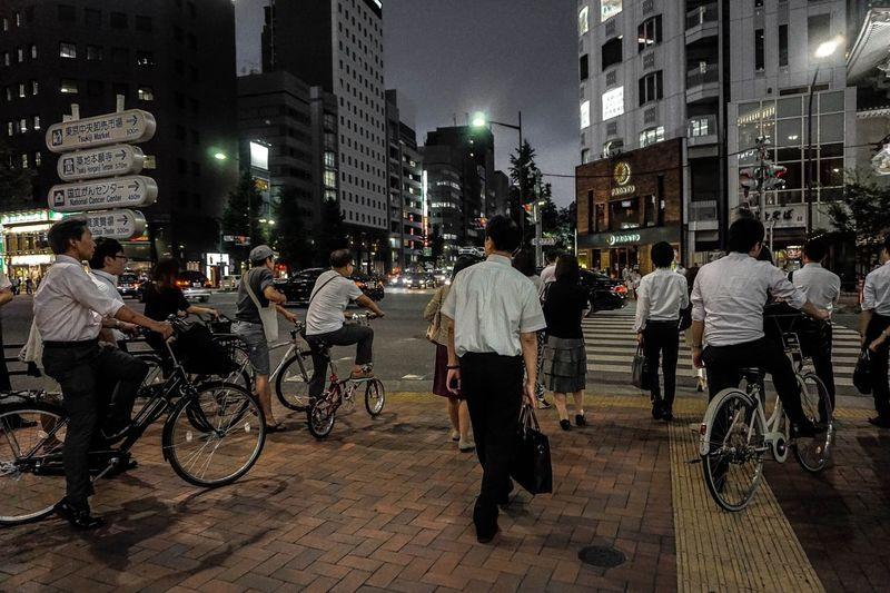 Building Exterior City Life Bicycle People Only Men Outdoors Night Tokyo,Japan The Street Photographer - 2017 EyeEm Awards The Photojournalist - 2017 EyeEm Awards EyeEmNewHere EyeEm Best Shots