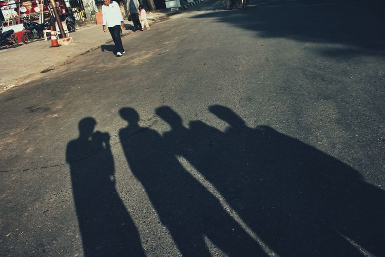 Silhouette Streetphotography Shadow People Outdoors Check This Out EyeEm Best Shots EyeEm Selects