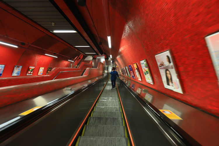 Hello World Architecture Canon Canonphotography Escalator Indoors  Modern Moving Walkway  Red Tadda Community The Way Forward 17.62°