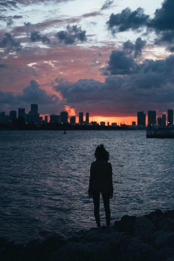 Miami skyline sunset Miami Beach Miami EyeEm EyeEmBestPics EyeEm Gallery EyeEm Selects Eyeemphotography EyeEm Best Shots Travel Destinations Sky Building Exterior Architecture City Sunset Built Structure Cloud - Sky Water Cityscape Nature Urban Skyline Standing Outdoors Landscape Dusk Silhouette