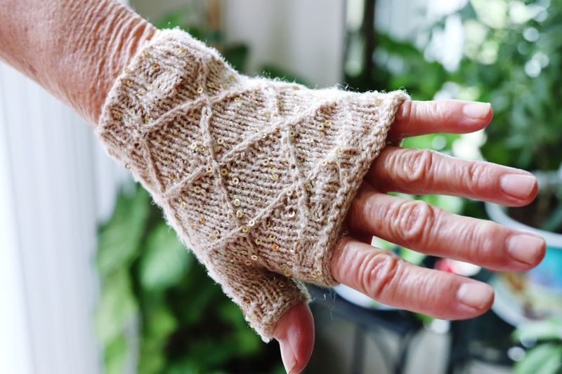My grandmothers hands Sweater Glove Hand Grandmother EyeEm Selects Human Hand Hand Human Body Part Focus On Foreground One Person Close-up Human Finger Adult Nail Nature Unrecognizable Person Finger Real People Lifestyles Outdoors Human Limb Body Part Textile Holding Day