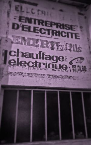 Graffiti Publicity Wall Text No People Close-up Day HuaweiP9 Old Building  Old Buildings