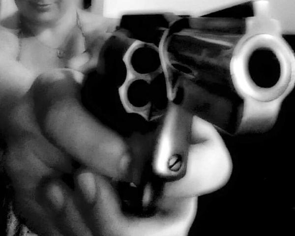 Guns Revolver Closeup Closeupphotography Photography Bang Bang!!  Firearms Bullet Bite The Bullet Aim Bullseye