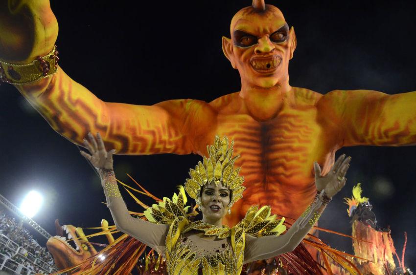 Acadêmicos De Santa Cruz Alexandre Macieira Brasil Brazil Carnaval Carnival Colors Of Carnival Culture Cultures Dance Marquês De Sapucaí Music Rio Rio Carnaval 2016 Rio De Janeiro Samba Sambodromo Tradition